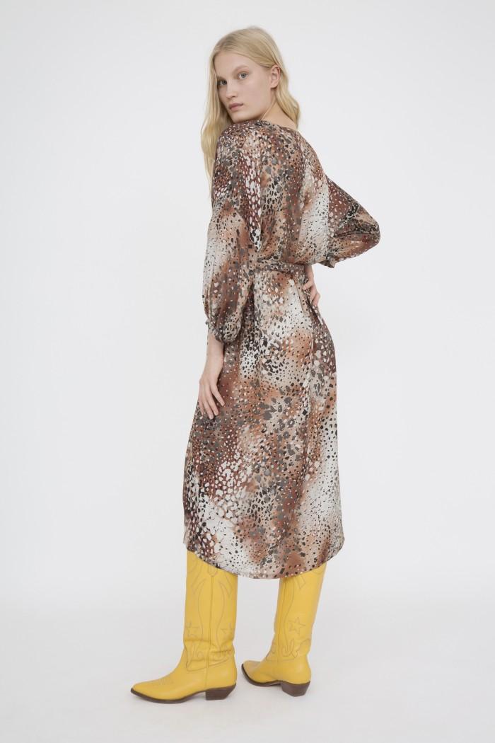 Robe Shades Atelier