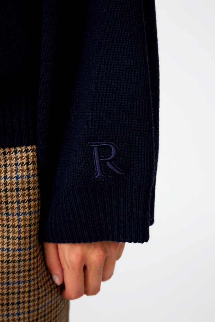 Basic Jude Sweater